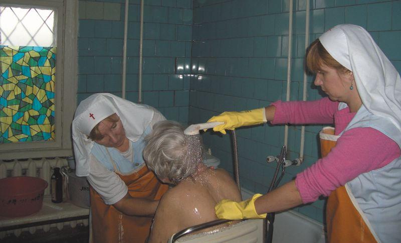 http://charity.lfond.spb.ru/sisterhood/img/big/18.jpg
